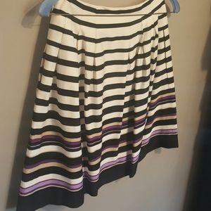 WHBM Size 00 skirt!